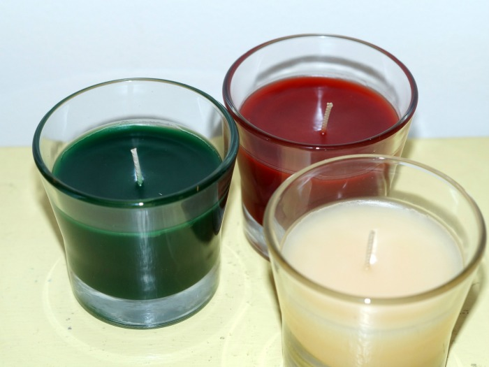 glade-holiday-candles-700