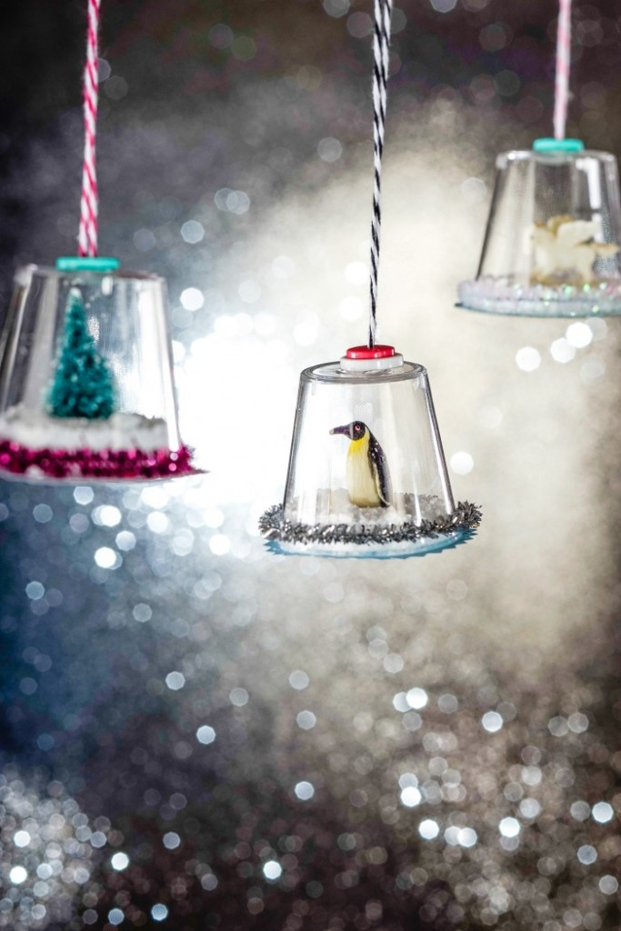 snow-globe-ornaments-nt