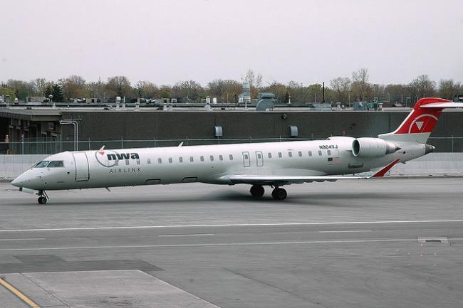 nwa-airplane