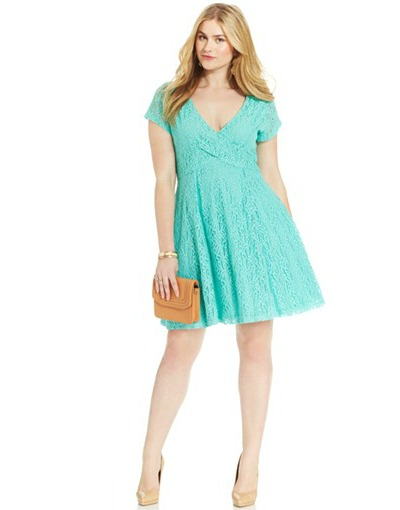 jessica-simpson-lace-dress-400