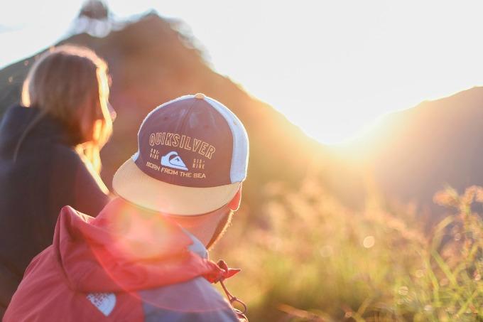 hiking-sunlight