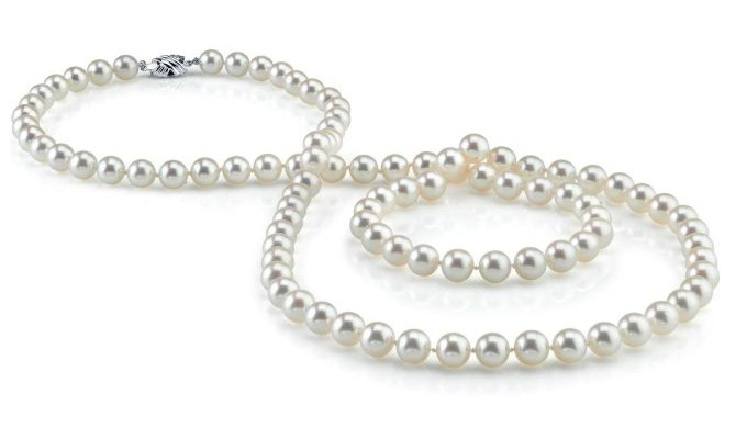 Why are Pearls Such a Great Gift