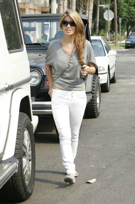 audrina patridge white skinny jeans