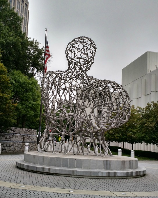 kinetic statue art