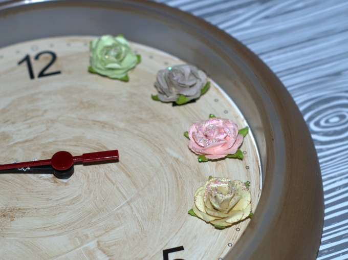 diy floral wall clock step 3