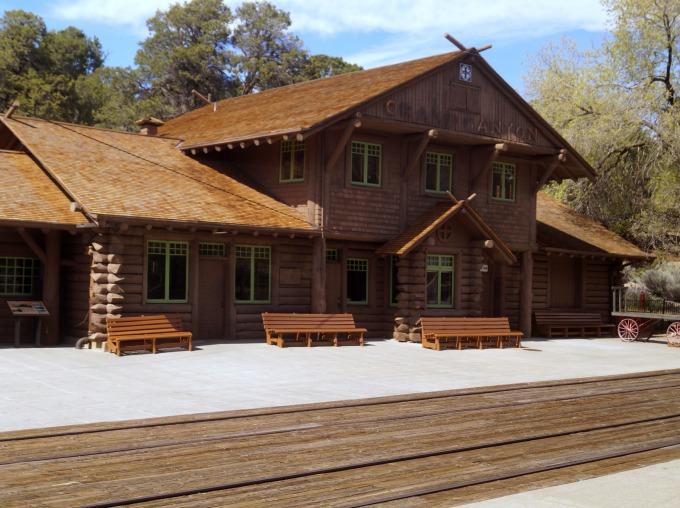 grand canyon train depot