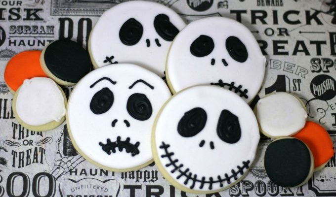 Make These Jack Skellington Nightmare Before Christmas Decorated Sugar Cookies