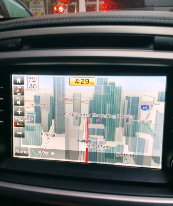 Navigating Downtown Minneapolis in the 2017 Kia Sorrento