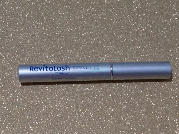 Revitalash Eyelash conditioner helps your lashes grow long and strong.