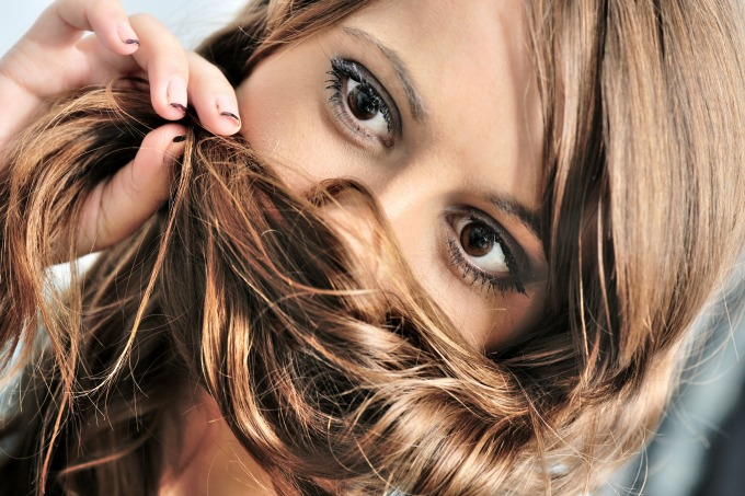 Combat the signs of hair thinning with these easy tips for healthy hair