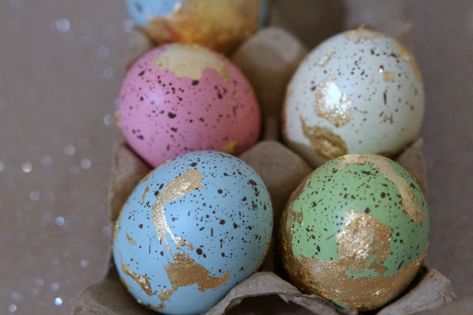 How to make DIY gilded eggs