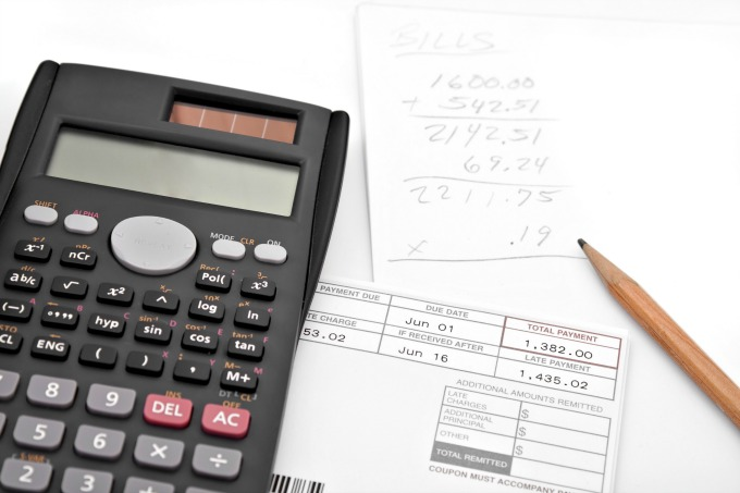 Calculating monthly expenses