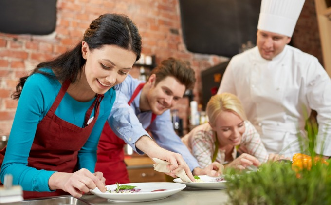 How to make extra money teaching cooking classes