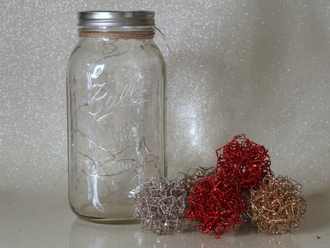 Simple and elegant table centerpiece supplies