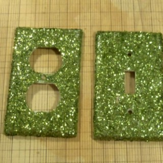 How To Make Glitter Switch Plates - A Tutorial