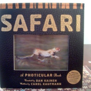 Animals In Action with Safari: A Photicular Book