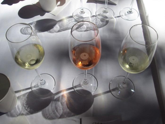 domaine-chandon-etoile-tasting (700 x 526)