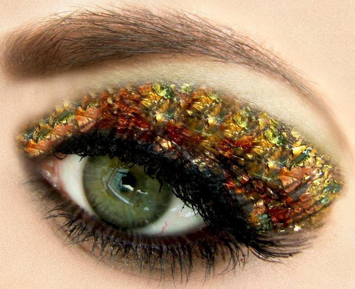 gold leaf eye