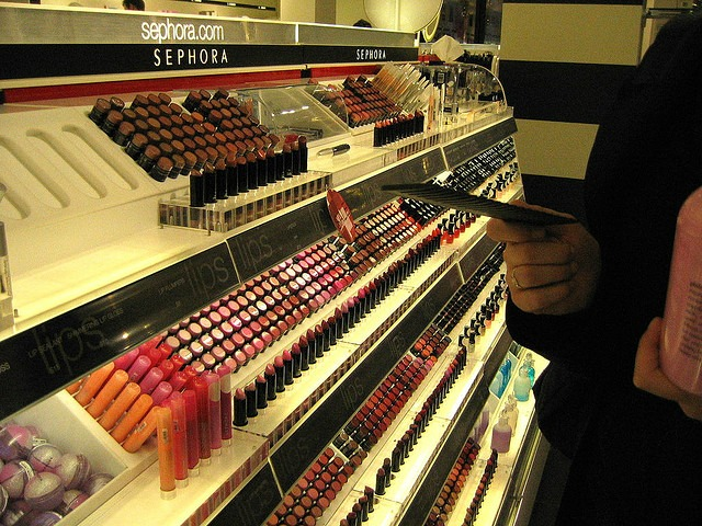 sephora-counter