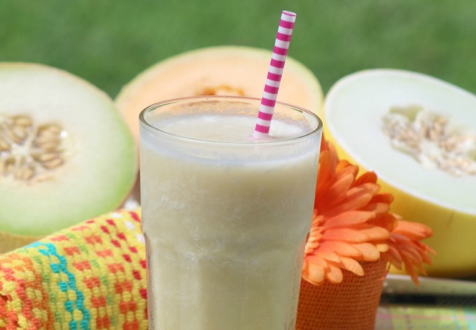 Fresh summer melon smoothie to kick off your day
