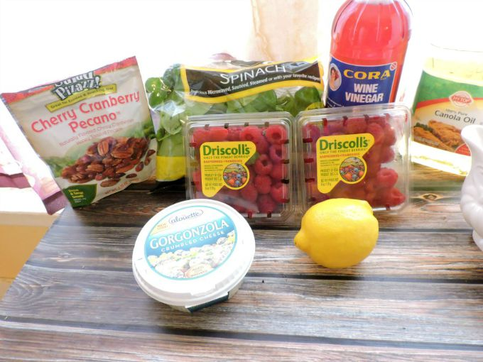 spinach salad with raspberry vinaigrette ingredients