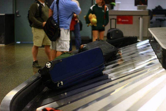 baggage carousel