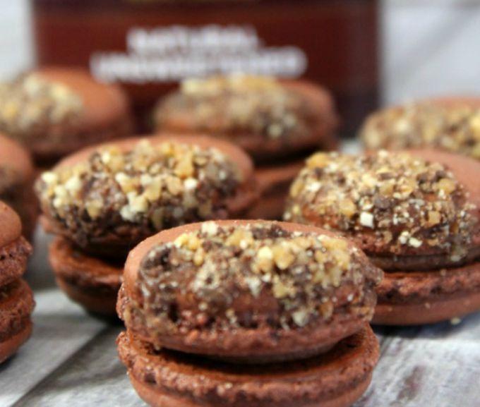 chocolate toffee macaron recipe