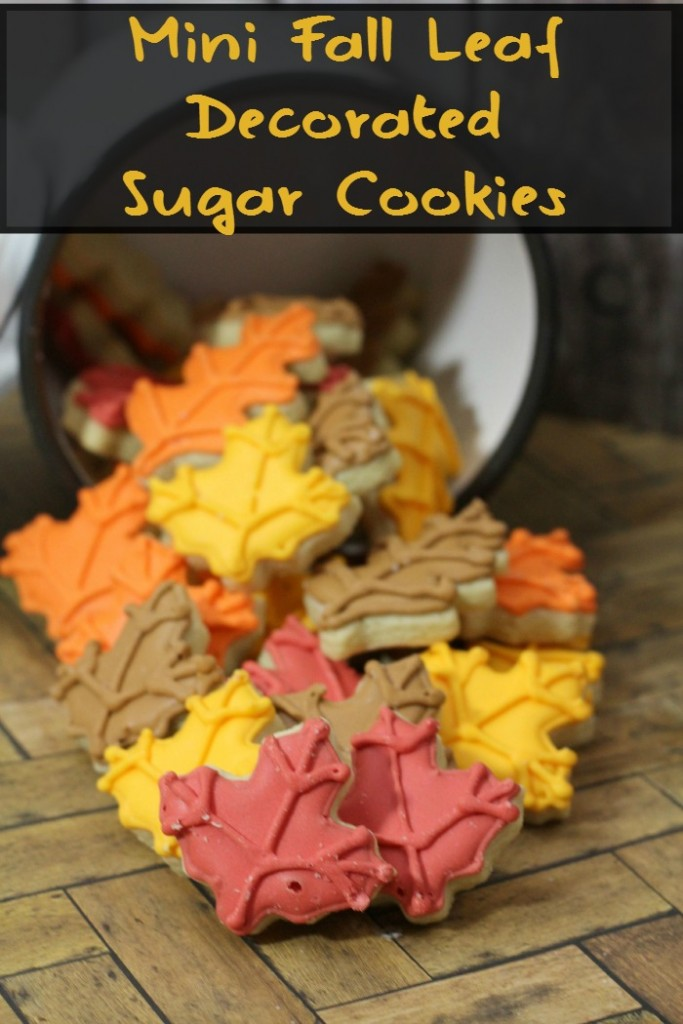 mini fall leaf decorated sugar cookies