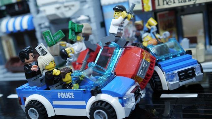 lego bank robbers
