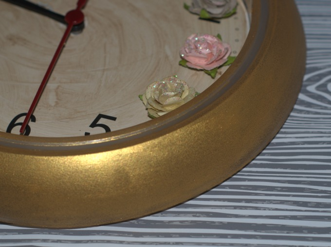 DIY Flower wall clock step 5