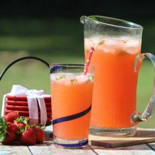 Strawberry mojito lemonade vert