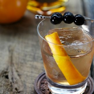Learn how to make a proper Old Fashioned cocktail
