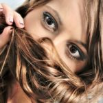 The Warning Signs of Hair Loss in Women and How to Prevent it