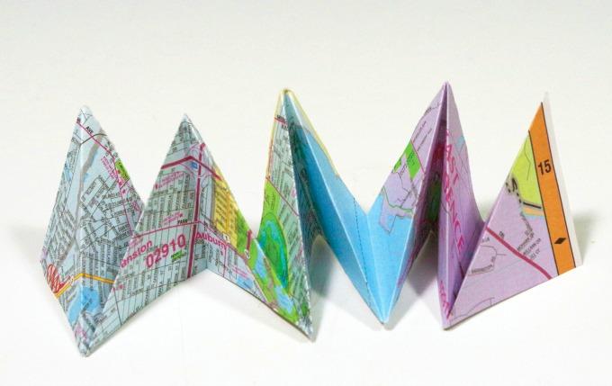 Crane egg origami paper garland step 2