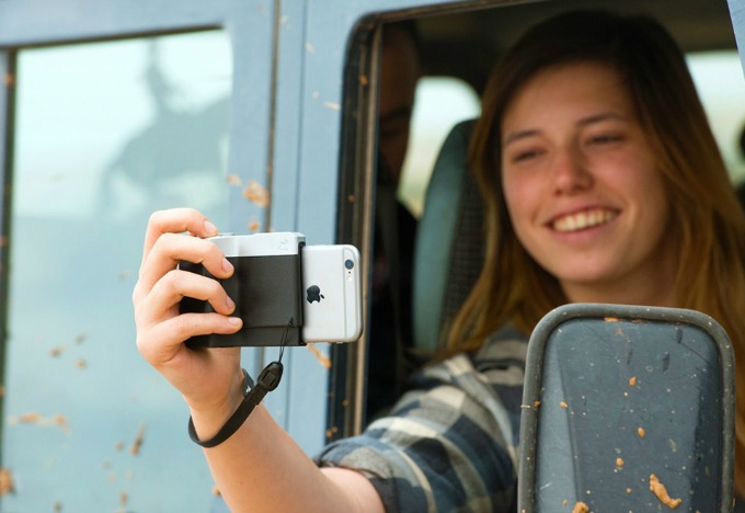 Pictar DSLR your iPhone attachment