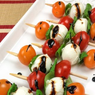 Caprese Skewers Appetizer with Balsamic Drizzle
