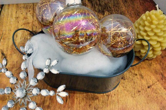 How to make tinsel Christmas ornaments