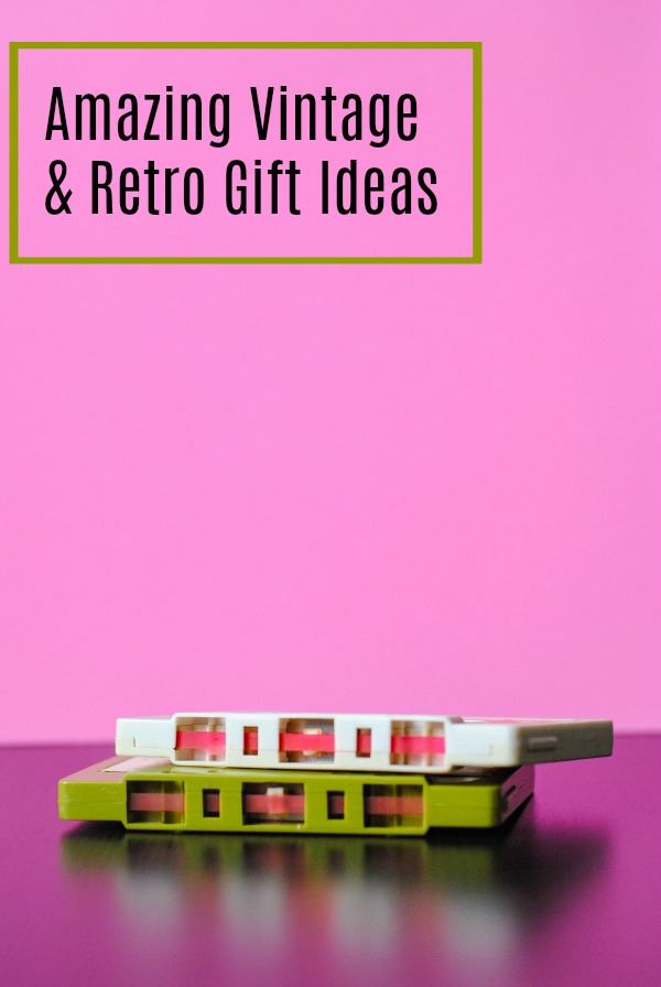 Amazing gift ideas for retro and vintage lovers | Christmas | kitschy | kitsch | presents | 1980s | 1990s | 1950 | Mid Century Modern | Mod