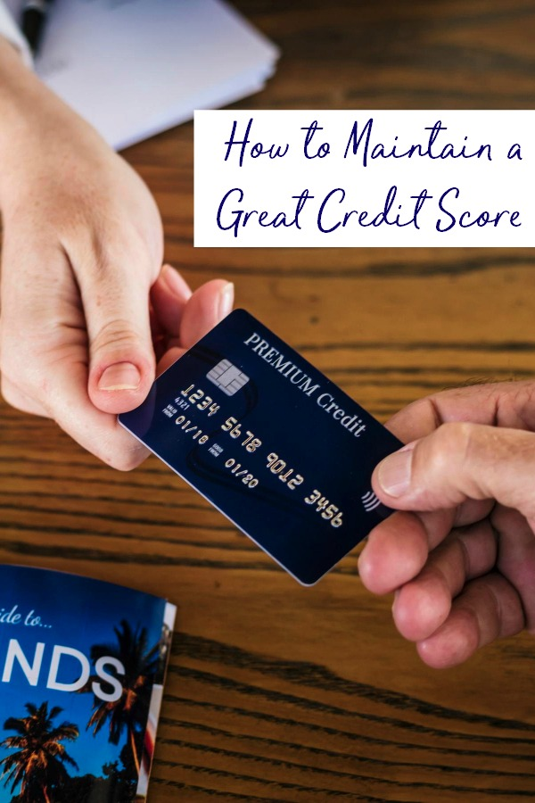 Credit makes the world go round. Learn how to be resposnbile with your money and how to maintain a great credit score. | managing money | smart money | paying bills | #credit #moneymanagement