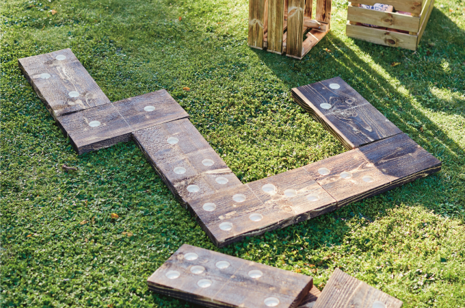Hpw to make ginat outdoor yard dominoes