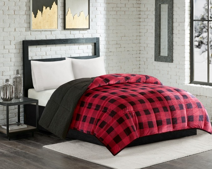 Buffalo Plaid Sherpa Lined Comforter