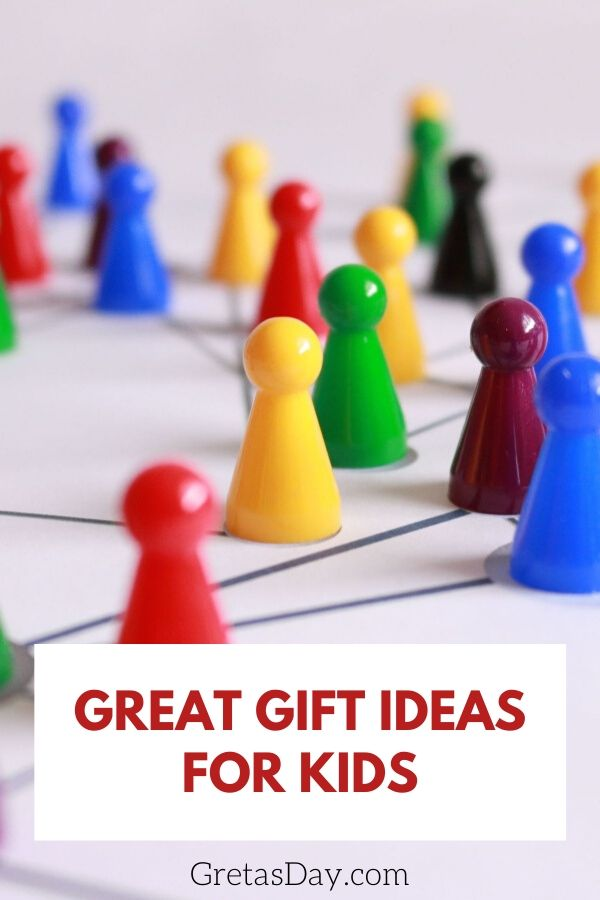 Great gift ideas for kids, ranging from STEM and STEAM to good old fashioned board games.