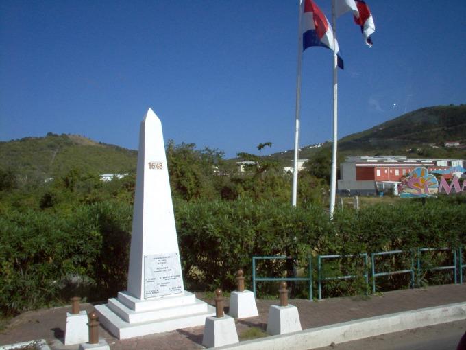 St Martin - Saint Maarten Border Monument